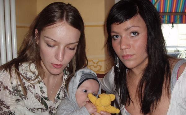 Дочки Тилля- Неле с сыном и Кира