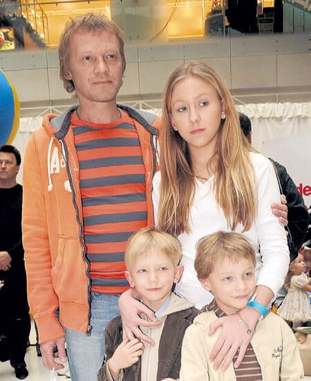 Серебряков с детьми