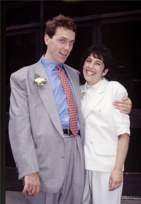 Жена Хью Лори