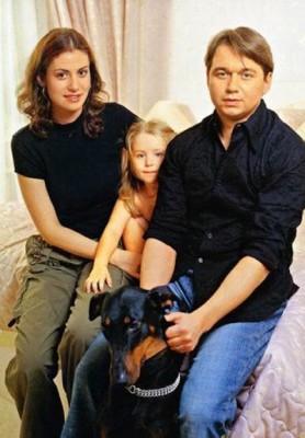 Анна с дочерью Златой и бывшим мужем Анатолием