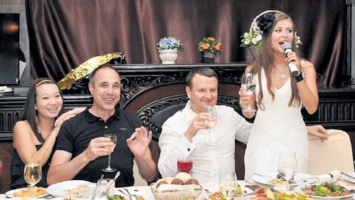 муж юлии михалковой на свадьбе