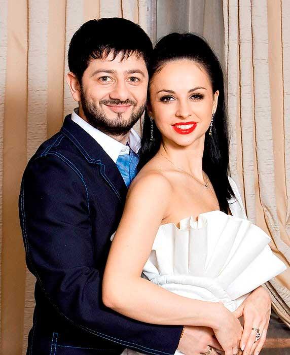 Смотреть онлайн жена с мужем занимаются бисексом русские 28 фотография
