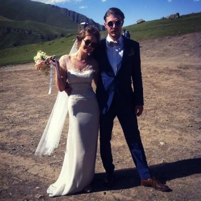 никита ефремов женился