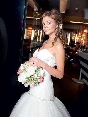 Алла Михеева в свадебном платье