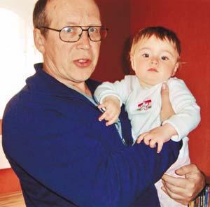 Юрий Вяземский с ребенком