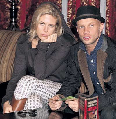 жена дмитрий хрусталев фото