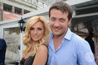 Кирилл Сафонов с любимой женой