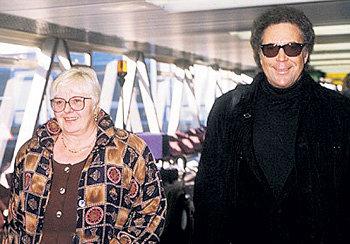 Том Джонс и Мелинда