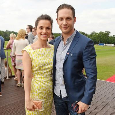 Том с женой