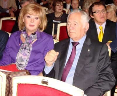 Актриса Наталья Селезнева с мужем