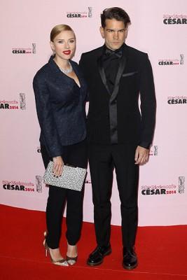 Скарлетт Йоханссон  с мужем