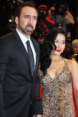 Николас Кейдж и его жена Элис Ким
