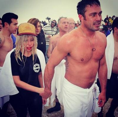 Леди Гага и Тейлор Кинни станут мужем и женой