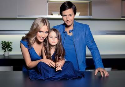 Витас с женой и дочкой