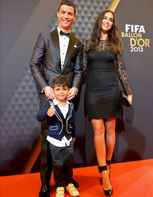 Криштиану с сыном и Ириной