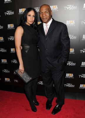 Майк Тайсон с женой Лаки
