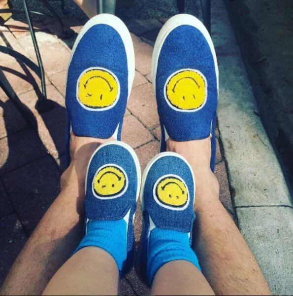Сергей с сыном в одинаковой обуви