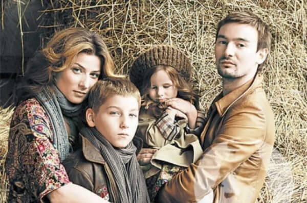 Алан и Жанна с детьми