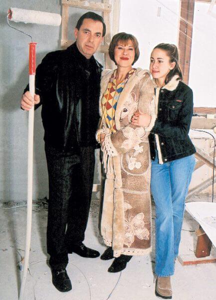 Любовь Успенская с мужем и дочкой