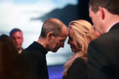 Джобс с женой